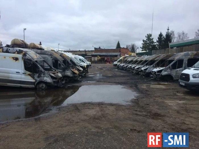 Ночью в Раменском сгорели тринадцать автомобилей видеофиксации нарушений