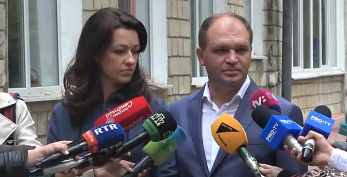 Президентский кандидат побеждает на выборах мэра Кишинева