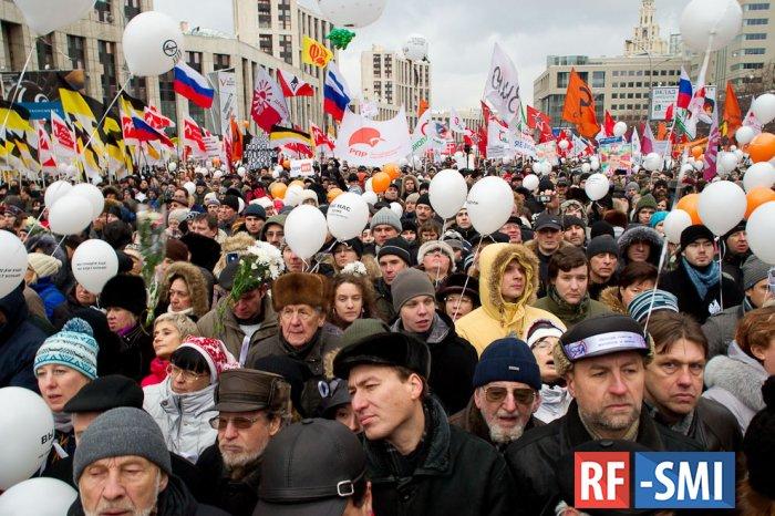 60 процентов россиян выступают за транзит власти, а не за ее ротацию