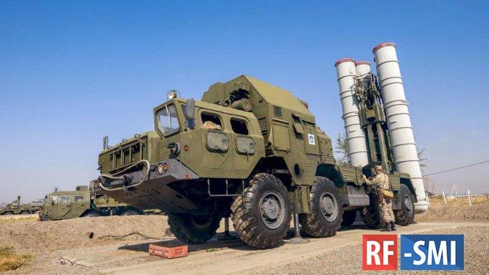 В Таджикистане комплексы С-300 готовятся заступить на боевое дежурство.