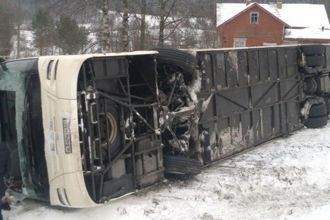 В Воронежской области перевернулся междугородний автобус