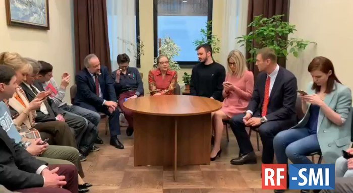 КПРФ не одобряет сотрудничество депутата Шуваловой с Навальным