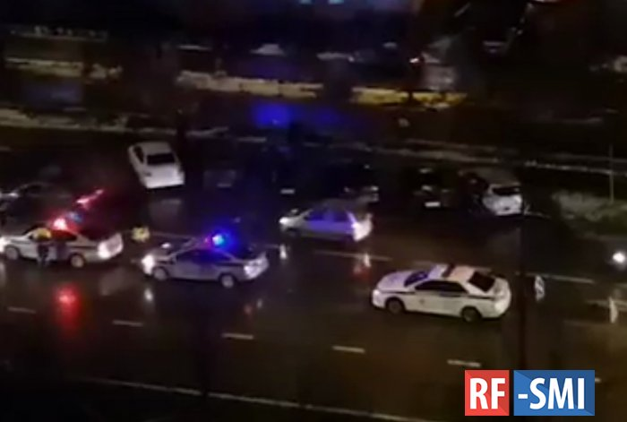 В Зеленограде на пешеходном переходе сбили женщину с двумя детьми