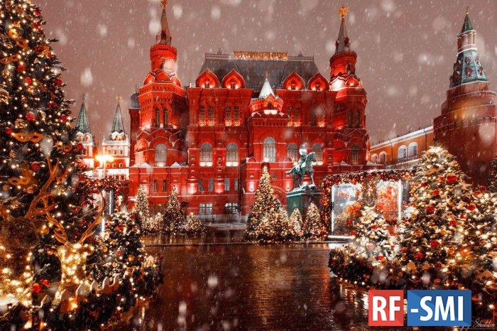 Составлен рейтинг самых высоких новогодних елок в городах России