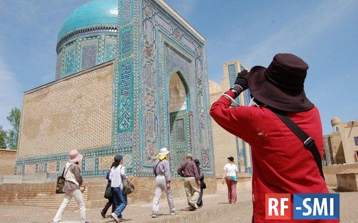 Сколько туристов побывало в Узбекистане в 2019 году ?