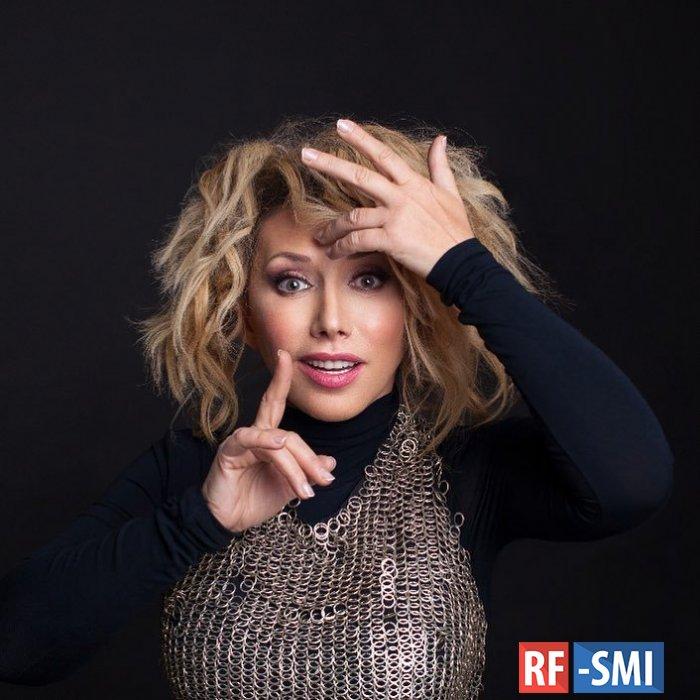 Елена Воробей сломала руку во время концерта