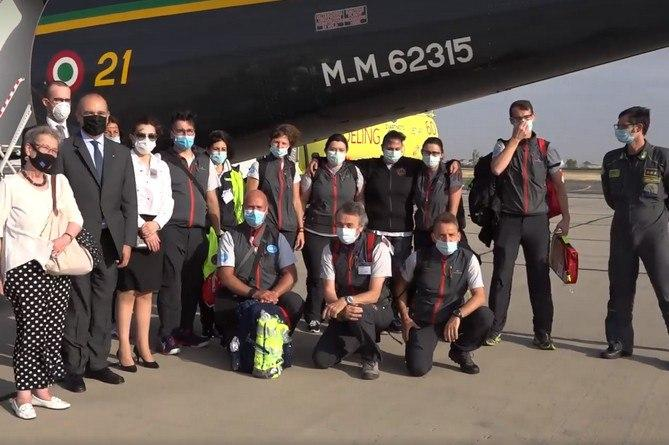 Итальянские врачи прибыли в Ереван для помощи в борьбе с COVID-19