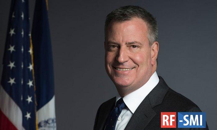 Мэр Нью-Йорка назвал надпись Black Lives Matter у Trump Tower сигналом Трампу