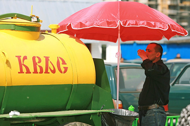 Роскачество рассказало о правилах торговли сахарной ватой и квасом
