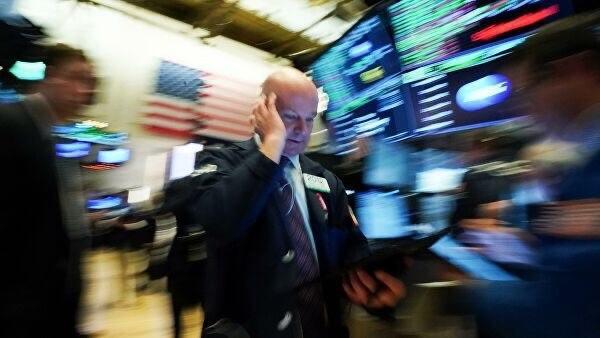 Американские компании отчитались о рекордном снижении прибыли в первом квартале.