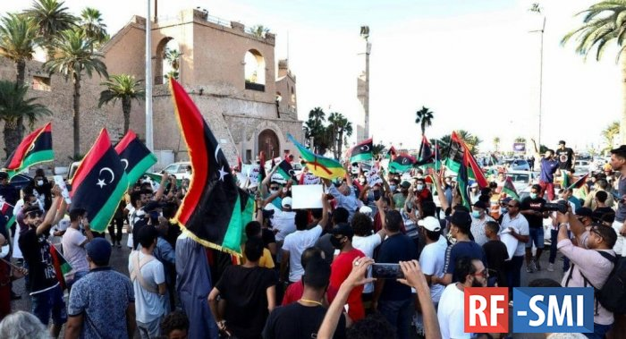 Оккупированная ПНС Ливия закипает: триполитанцы вновь поднялись на протест