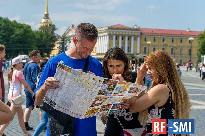 Российские путешественники предпочитают Петербург зарубежным курортам