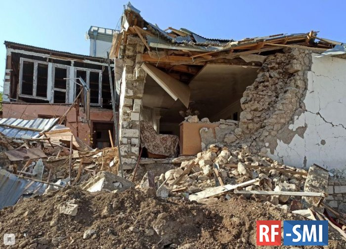 Съемочная группа фильма «Один день в Нагорном Карабахе» попала в Степанакерте под обстрел