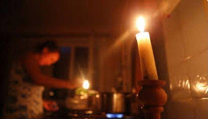 Пакистан без электроэнергии, отключение в половине страны: