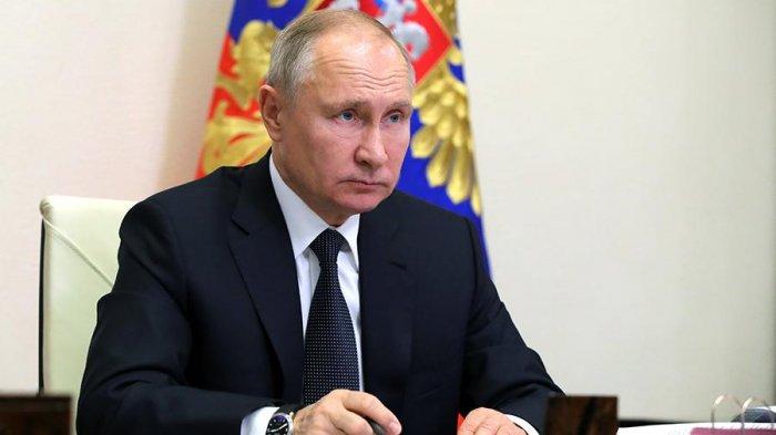 Путин прокомментировал субботние протесты в России