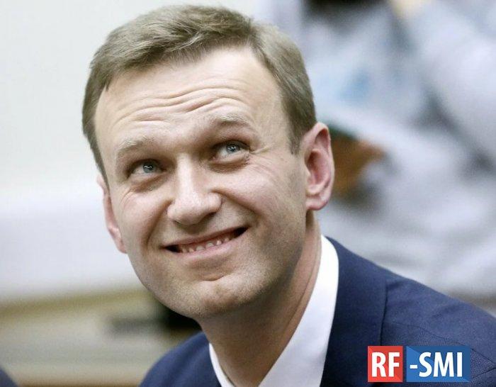 Навальный усиленно тиражирует слухи о своем плохом самочувствии