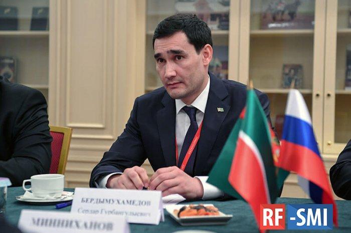 Оказывается социальные лифты в Туркменистане работают. Судите сами