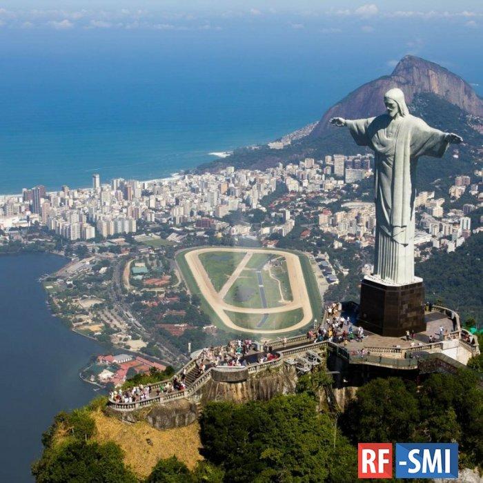 23 человека погибли в перестрелке в Рио-де-Жанейро