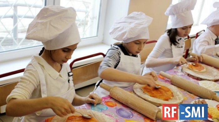 Правильное воспитание: столичные школы и детские сады держат курс на формирование культуры питания