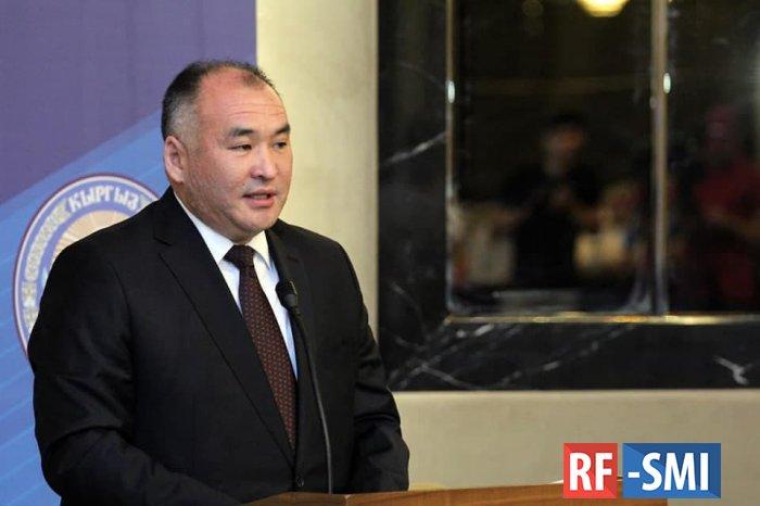 Садыр Жапаров уволил министра энергетики Кубанычбека Турдубаева