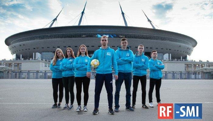 Волонтеры создали праздник на матчах ЕВРО-2020 в Петербурге