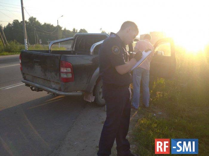 Под Тулой полицейские остановили пикап с двумя трупами