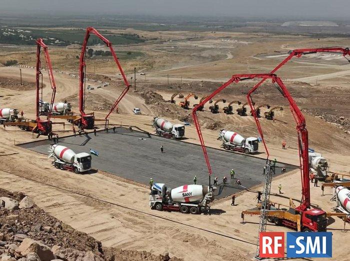 В Узбекистане началась реализация совместного с Россией мегапроекта.