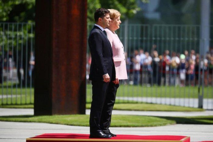 Зеленский рассказал, чего ожидает от предстоящей встречи с Меркель