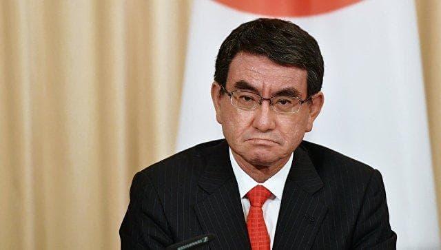 Новым японским премьером может стать Таро Коно