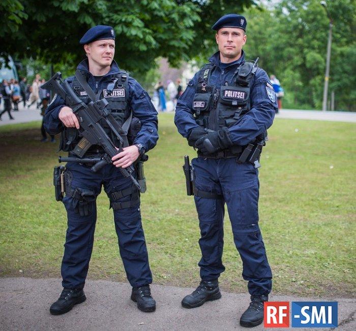 Непривитых полицейских в Эстонии предлагают лишать мизерных премий