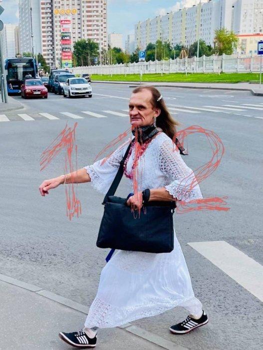"""В московском """"Магните"""" мужчина с топором напал на людей"""