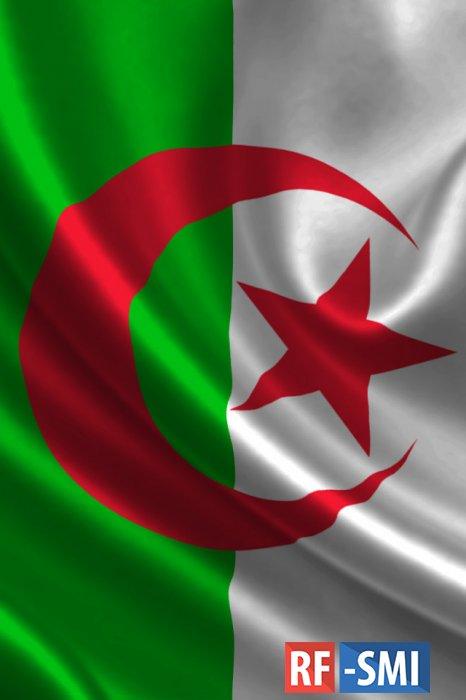 Алжир закрыл воздушное пространство для военных самолетов Франции